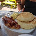 Pancakes bacon café