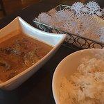 Lamb Chakriphool Dhaniwaal with naan basket and basmati rice