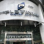 Platinum Fashion Mall Foto