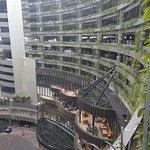 صورة فوتوغرافية لـ Tunjungan Plaza