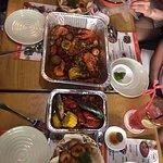 Khi hội bạn thân dắt nhau đi ăn, không bể bụng cũng lũng túi =))