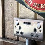 Plug's/USB Charging Ports