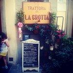 Trattoria La Grotta resmi