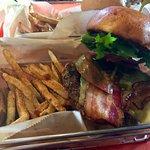 Foto di The Worthy Burger