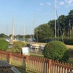 Photo de The Pleasure Boat Inn