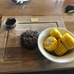 Zdjęcie BEEF meat & wine