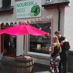 Nourish Ness의 사진