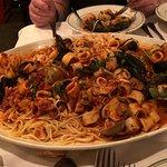 Zdjęcie Tony's Di Napoli - Midtown