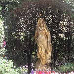 ภาพถ่ายของ Madonna del Mare Statue