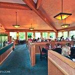 Foto de Highland House Restaurant