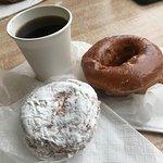 Фотография Tony's Donut Shop