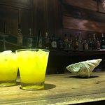 Juice and Booze Bar Foto