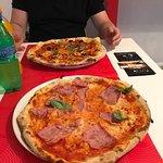 ภาพถ่ายของ Nico' s Pizza