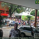 O Carnaval de Foz é em frente a esse Hotel