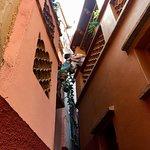 Bild från Alley of the Kiss (Callejon del Beso)