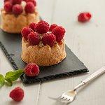 Миндальная тарталетка с ягодами от ФорТутти