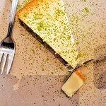 Der Käsekuchen mit grünem Tee war sehr, sehr lecker