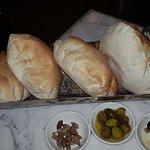 صورة فوتوغرافية لـ Mosaic Restaurant - Al Muroor