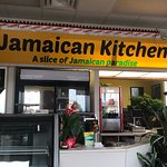 Cute casual restaurant. Great music. Great food. Irie.