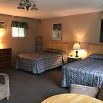 Dwight Village Motel