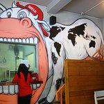 Hello Cow Restaurant Foto