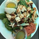 Junior size Spinach salad with grilled chicken