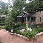 Bild från Farm Haus Bistro at Fredericksburg Herb Farm