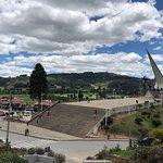 Pantano de Vargas  Monumento a los 14 lanceros照片