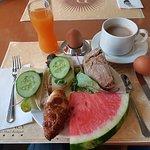 Regency Suites Hotel - Breakfast