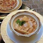 Poulet au curry (plat n°2 sur la carte) + ''galette'' au fromage