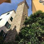 Foto de Torre degli Embriaci