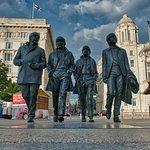Foto de Beatles statue