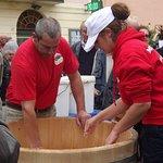Produzione della Mozzarella di Bufala in piazza, Festa d'Autunno a Magliano Sabina 12 Ottobre 20