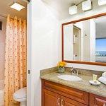 Aston at the Waikiki Banyan - Standard Bathroom
