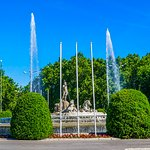 Beautiful fountain in a busy roundabout