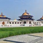 Best shot of the mausoleum