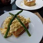 Breakfast and desert at La Farine!