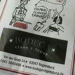 Foto de Bodega vinos y tapas