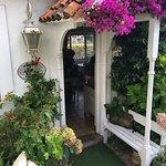 El mejor lugar de Ribadesella para descansar, rodeado de lindos jardines, desayuno, comida y cen
