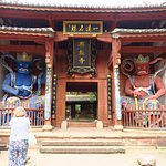 Really strange temples, with a Tibetan flavour!
