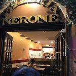 Puerta entrada/Porta d'ingresso Pizzeria Nerone. Via del Moro 43, Roma/