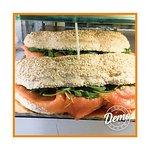 A sandes de salmão fumado nunca foi tão apetecível!🤤
