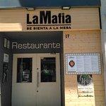 Фотография La Mafia se sienta a la mesa