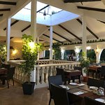 Beautiful place, incredible food! The best we have had in the area! Fantastic prices and great s