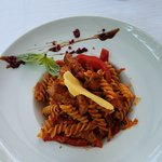 Spicy beef pasta with red peppers