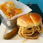 Mushroom Gouda Burger (13)