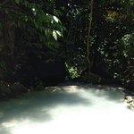 Aguinid Fallsの写真