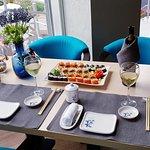 море, суши и вино - что может быть лучше))