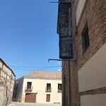 Museo de la cerámica de Talavera,  y muestran piezas antiguas de varios alfares de la zona. Boni