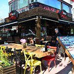 Sunny day in Mezze Grill